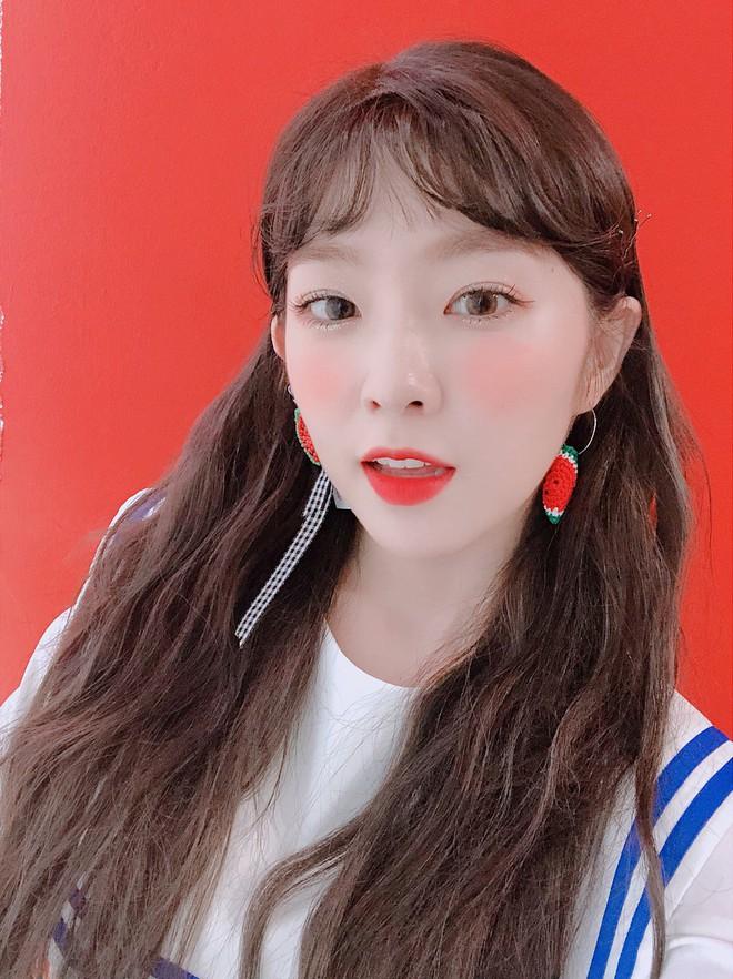 Loạt ảnh hack não nhất hôm nay: Taeyeon hay nữ thần Irene, đến netizen Hàn cũng khó lòng phân biệt - ảnh 1