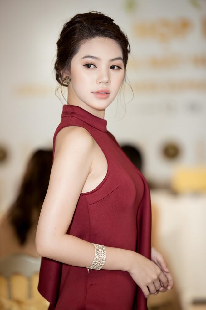 Không ngoài dự đoán, Trương Mỹ Nhân và Ngọc Châu Next Top thẳng tiến vào Top 15 Miss Supranational Vietnam 2018 - ảnh 20