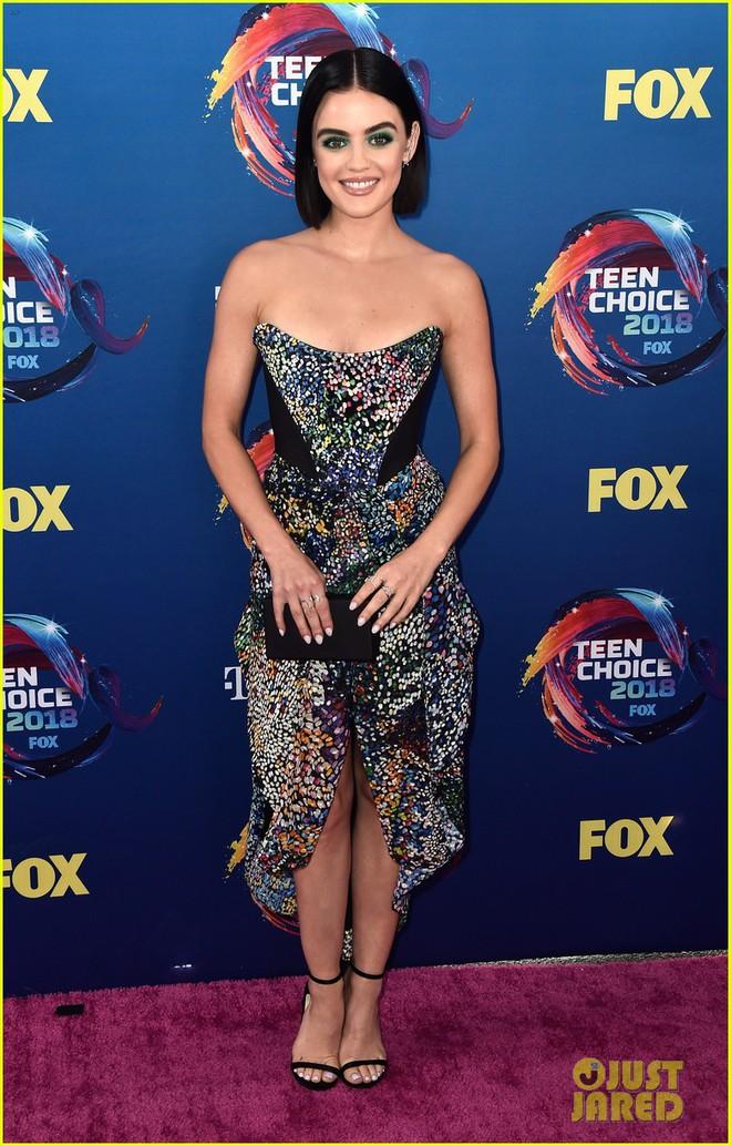 Dàn sao trẻ hot nhất Hollywood tề tựu khoe sắc gợi cảm trên thảm hồng Teen Choice Awards 2018 - ảnh 2