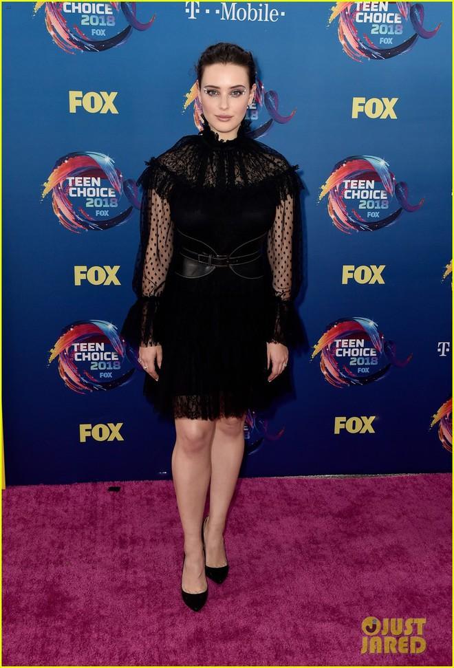 Dàn sao trẻ hot nhất Hollywood tề tựu khoe sắc gợi cảm trên thảm hồng Teen Choice Awards 2018 - ảnh 5