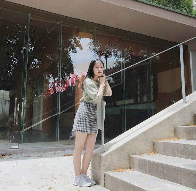 Chưa đến năm học mới, thiếu nữ Đà Nẵng đã gây sốt với bức ảnh diện áo dài xinh đẹp hơn nắng mai - ảnh 6