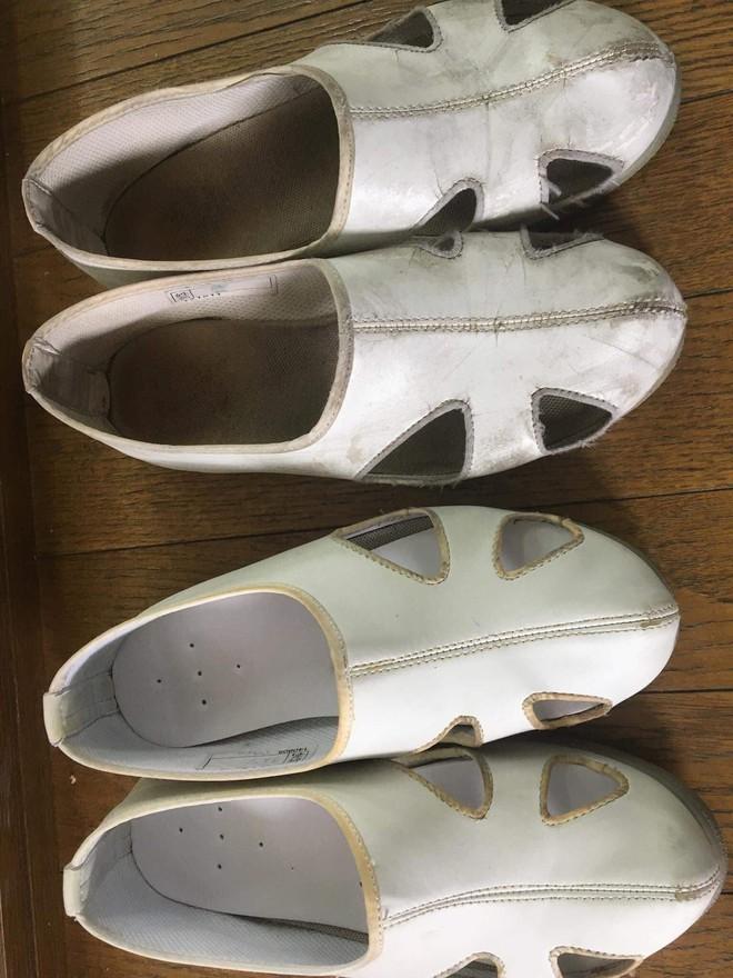 Cô gái lên mạng nhờ 500 anh em bày cách trị cao thủ ở bẩn cùng phòng: Quần áo mặc mấy ngày không giặt, 2 năm đánh đôi giày trắng được 3 lần - Ảnh 3.