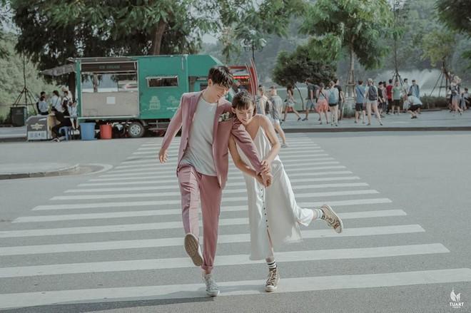 Đang trầm trồ vì Hàn Quốc đẹp quá thì mới nhận ra bộ ảnh này được chụp... 100% giữa lòng Hà Nội - Ảnh 2.