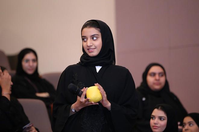 Những điều thú vị về giáo dục của Bahrain, quốc gia vừa bị tuyển Việt Nam đánh bại: Đi học miễn phí, nam nữ trong trường tách riêng - Ảnh 5.