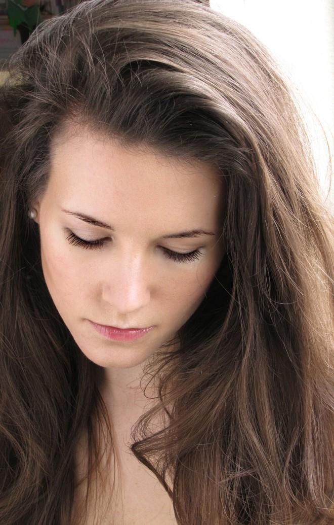 Cô gái người Mỹ kiên trì theo đuổi chế độ detox giúp đánh bay mụn chi chít trên khuôn mặt sau 1 năm - ảnh 9