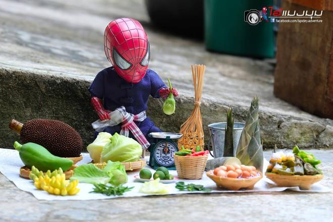 Góc mưu sinh: Khi Spider-Man cũng phải bươn chải đủ nghề từ cửu vạn tới bán hàng rong để kiếm sống - Ảnh 2.