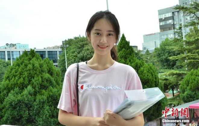 Không hổ danh là cái nôi của điện ảnh Trung Quốc, nhan sắc tân sinh viên Học viện Điện ảnh Bắc Kinh ai cũng vào hàng cực phẩm - ảnh 5