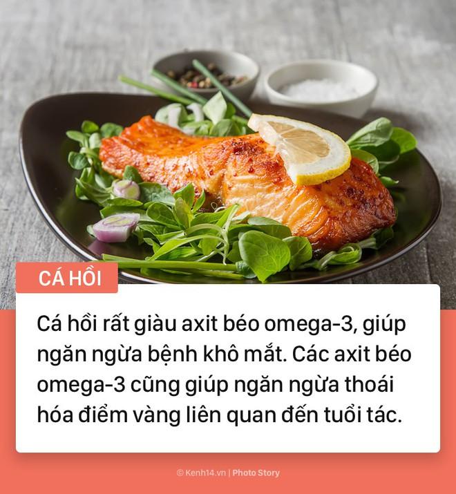 Hãy tìm đến những thực phẩm này nếu bạn cảm thấy có dấu hiệu đau mỏi mắt - Ảnh 1.
