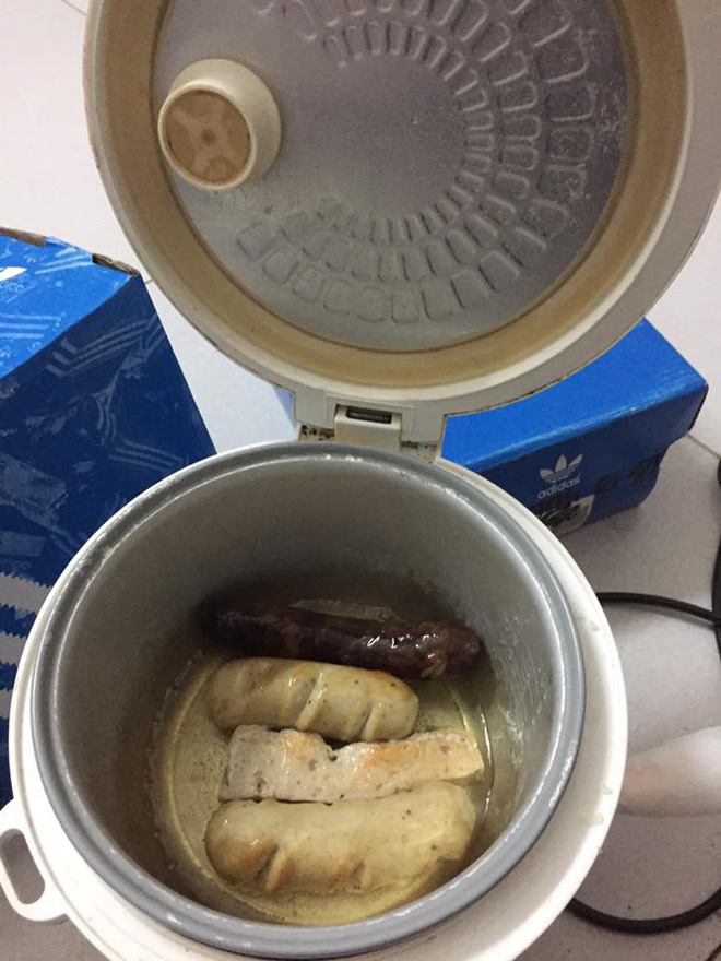 Đời sinh viên ở trọ, ai mà chẳng có một chiếc nồi cơm điện nấu đủ món từ cơm đến canh, thịt, lẩu - Ảnh 15.
