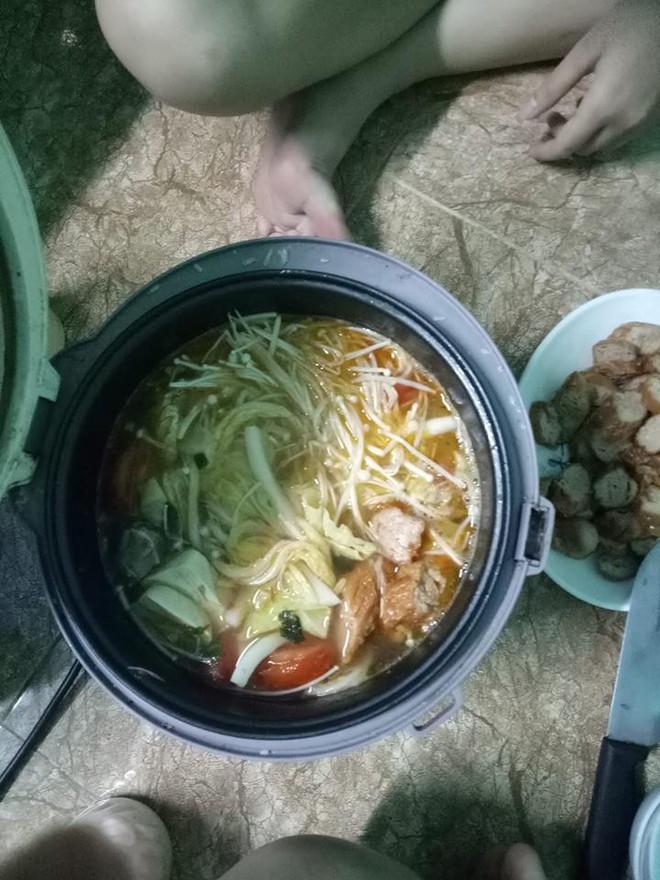 Đời sinh viên ở trọ, ai mà chẳng có một chiếc nồi cơm điện nấu đủ món từ cơm đến canh, thịt, lẩu - Ảnh 5.