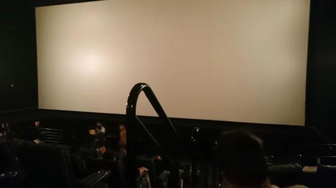 1001 kiểu thốn mà khán giả từng phải trải qua tại rạp chiếu phim - ảnh 7