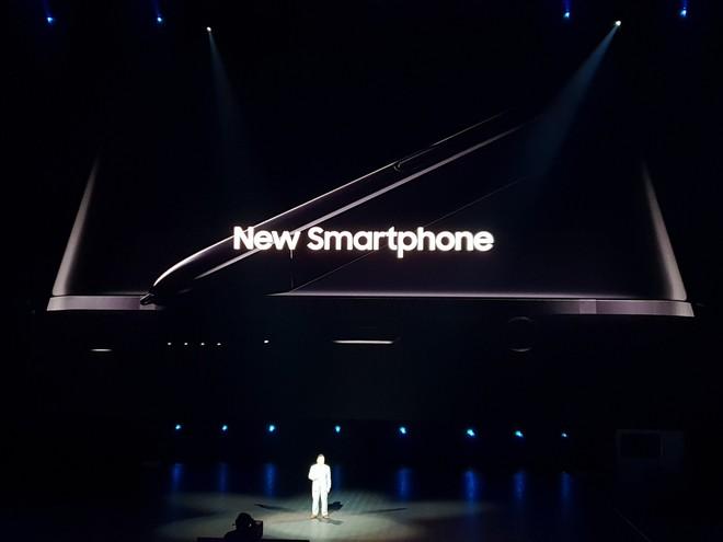 Samsung Galaxy Note9 chính thức ra mắt: cấu hình khủng nhất thị trường, S-Pen nhiều chức năng mới, camera thêm AI, giá cao nhất 1250 USD - Ảnh 1.