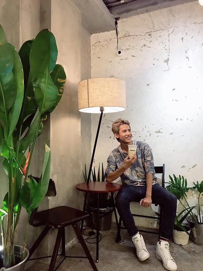 Chỉ trong 1 tuần, Sài Gòn đã có 3 quán cà phê mới và quán nào cũng siêu đẹp! - ảnh 8