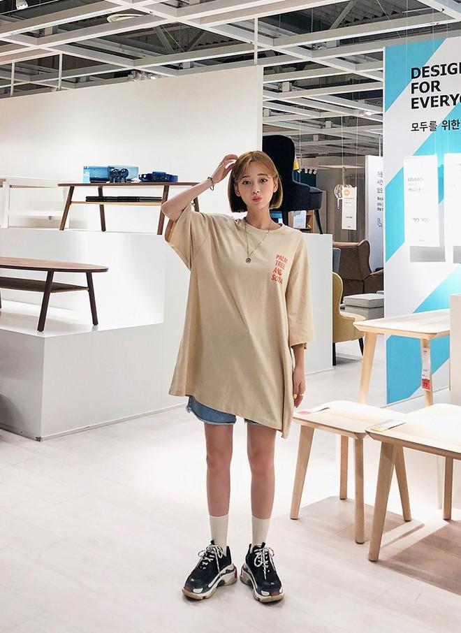 Đây là công thức mặc đồ basic mà chất, từ học sinh cho đến fashionista đều mê mẩn - ảnh 8