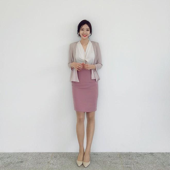 """Phiên bản đời thực của """"thư ký Kim"""" sẽ bật mí 5 items phải có để các quý cô hoàn thiện style công sở - ảnh 2"""
