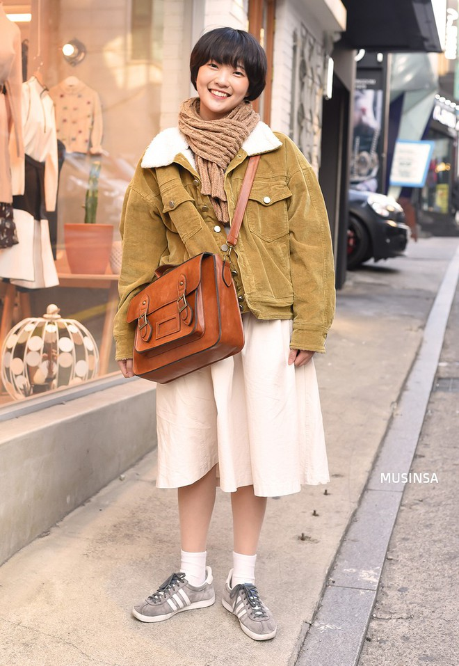 Giới trẻ Hàn chứng minh có nhồi nhiều quần áo đến mấy, chỉ cần biết cách thì outfit vẫn đẹp ngất như thường - ảnh 9