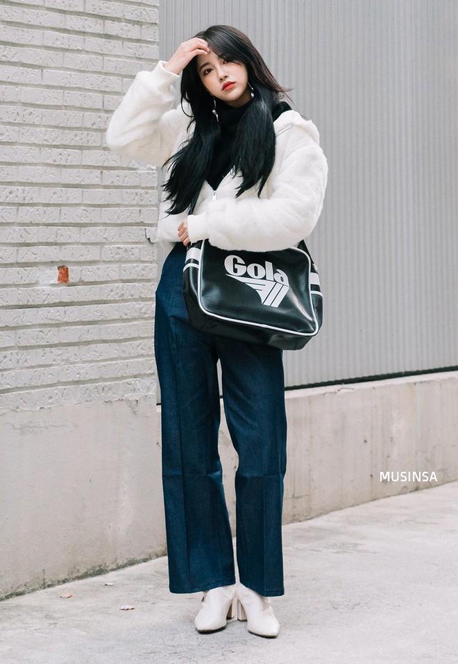 Giới trẻ Hàn chứng minh có nhồi nhiều quần áo đến mấy, chỉ cần biết cách thì outfit vẫn đẹp ngất như thường - ảnh 3