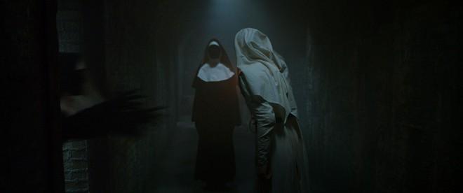 Valak Phiêu Lưu Ký và mối thù truyền kiếp với hai chị em trừ ma diệt quỷ - ảnh 4