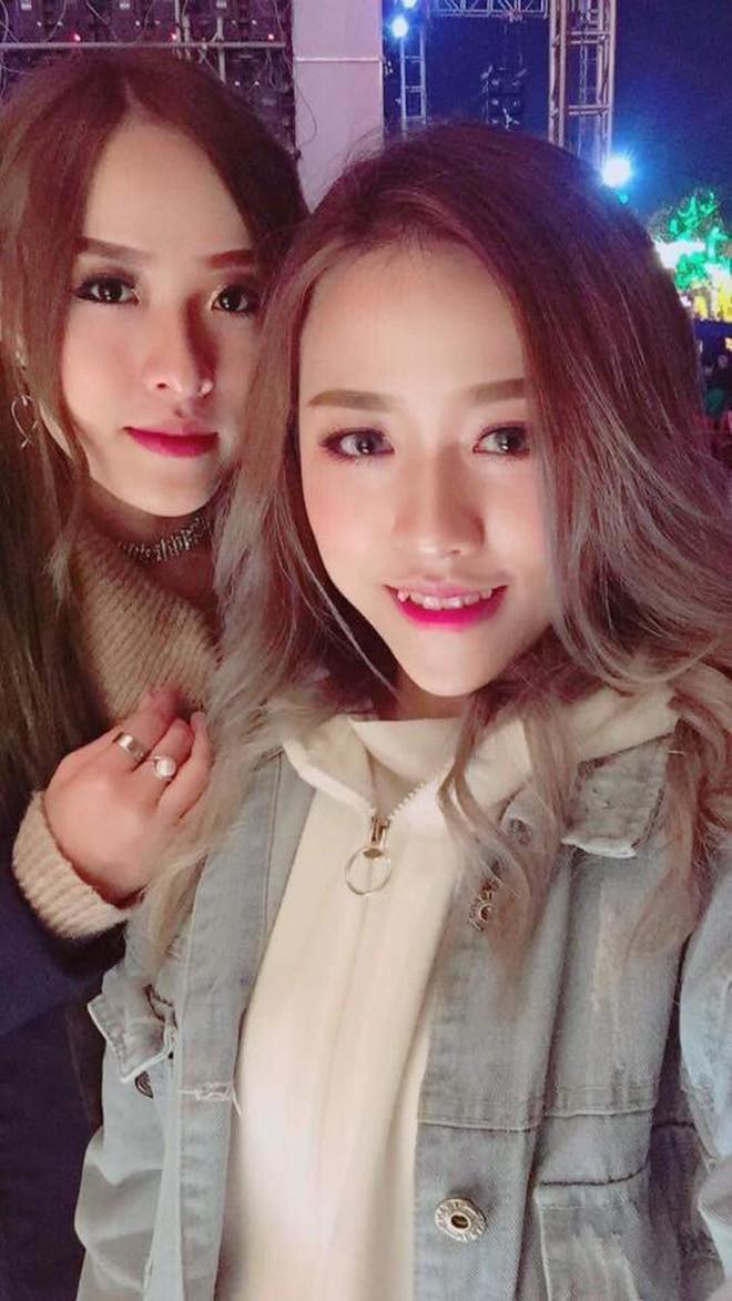 Cặp chị em song sinh nổi nhất Tik Tok Việt: Em cá tính nhảy đẹp, chị xinh xắn cover cực ngọt - ảnh 3