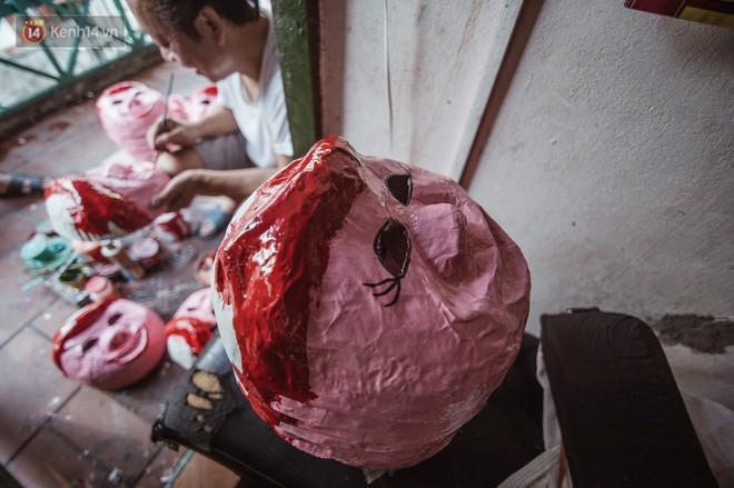 Đôi vợ chồng cuối cùng làm mặt nạ giấy bồi ở phố cổ: Không muốn thuê người ngoài để giữ bí kíp gia truyền - ảnh 7