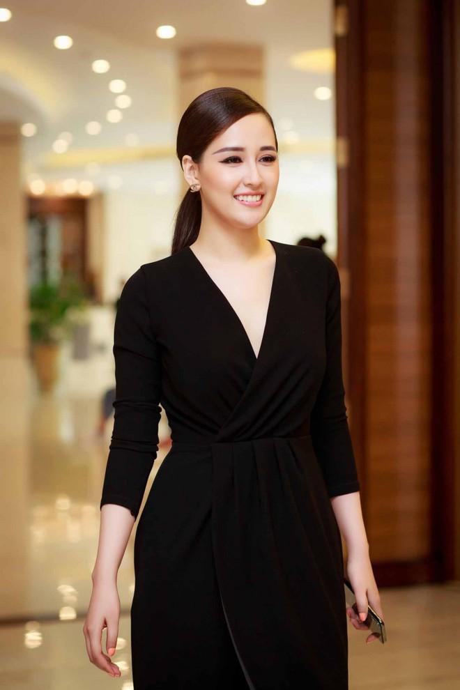 Nhìn lại Mai Phương Thúy của 10 năm trước: Từ cô Hoa hậu da ngăm đen bị ném đá đến mỹ nhân gợi cảm của showbiz Việt - Ảnh 5.
