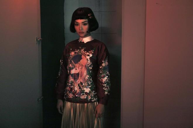 Nhìn loạt biểu cảm của Miu Lê trong MV mới, khán giả muốn có ngay một phim kinh dị cho cô nàng đóng chính! - ảnh 4