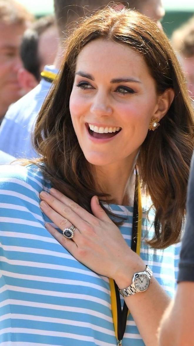 Ẩn sau chiếc đồng hồ mà Kate Middleton thường đeo là bí mật ngọt ngào, liên quan đến cả Công nương Diana - ảnh 1