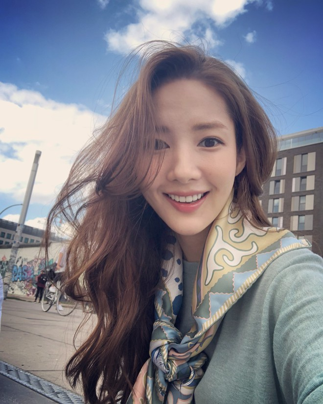 """Nếu bí ý tưởng F5 cho mái tóc mùa thu này, các nàng hãy ngắm qua 4 kiểu tóc """"ruột"""" của các mỹ nhân Hàn xem sao - ảnh 9"""