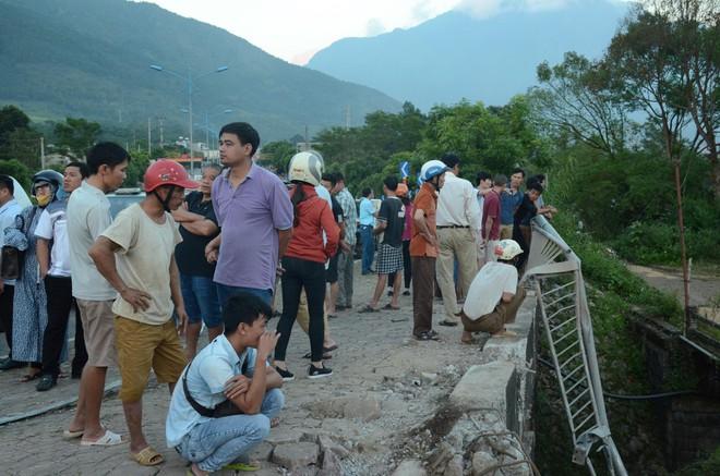 """Vụ tai nạn thảm khốc 13 người chết ở Lai Châu: """"Có những cơ thể đã không còn nguyên vẹn, nhìn thương tâm và đau xót lắm"""" - ảnh 4"""