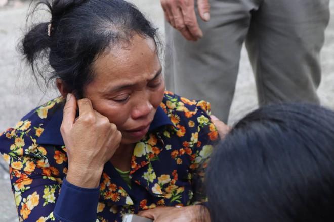 Chuyến xe định mệnh khiến 13 người chết ở Lai Châu: Người đi ăn cưới, người đi đám giỗ nhưng mãi mãi không thể trở về - ảnh 3
