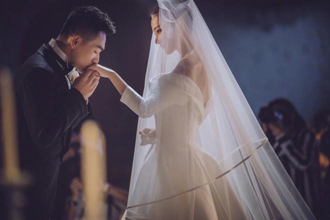 Sau đám cưới, tình địch Phạm Băng Băng khoe cuộc sống ngọt ngào và bình dị bên chồng sĩ quan - ảnh 6