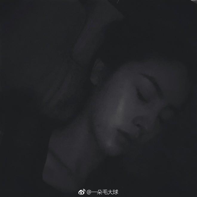 Nhan sắc thoát tục của nàng Tiểu Long Nữ phiên bản mới: Lưu Diệc Phi cuối cùng cũng có đối thủ! - ảnh 13