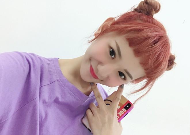 Có những kiểu người dù để kiểu tóc gì cũng đẹp, cô bạn Trung Quốc này chính là ví dụ - ảnh 10