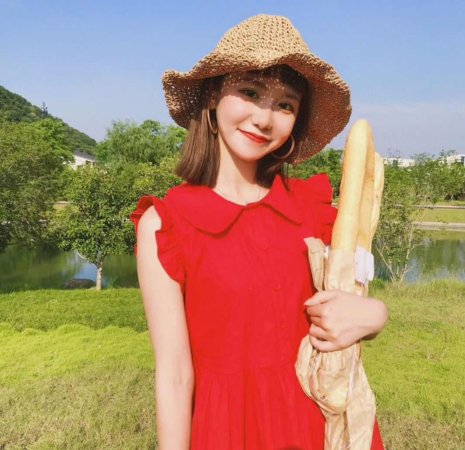 Có những kiểu người dù để kiểu tóc gì cũng đẹp, cô bạn Trung Quốc này chính là ví dụ - ảnh 12
