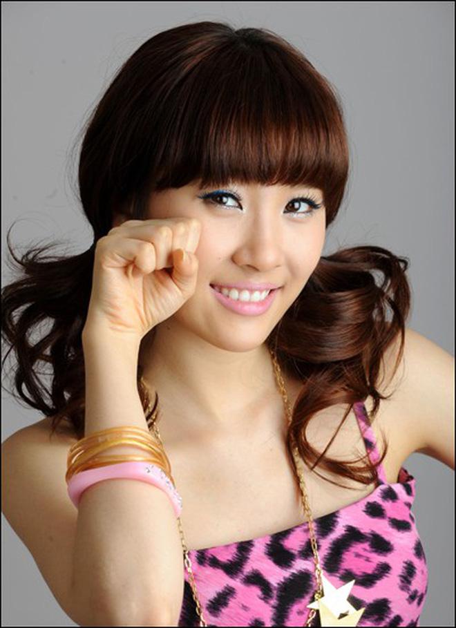 Cứ tưởng Sunmi đẹp bất khả chiến bại, thế mà cũng có lúc bị dìm vì kiểu tóc khó cảm - ảnh 4
