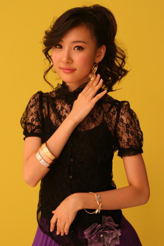 Cứ tưởng Sunmi đẹp bất khả chiến bại, thế mà cũng có lúc bị dìm vì kiểu tóc khó cảm - ảnh 3