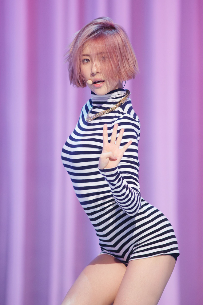 Cứ tưởng Sunmi đẹp bất khả chiến bại, thế mà cũng có lúc bị dìm vì kiểu tóc khó cảm - ảnh 11