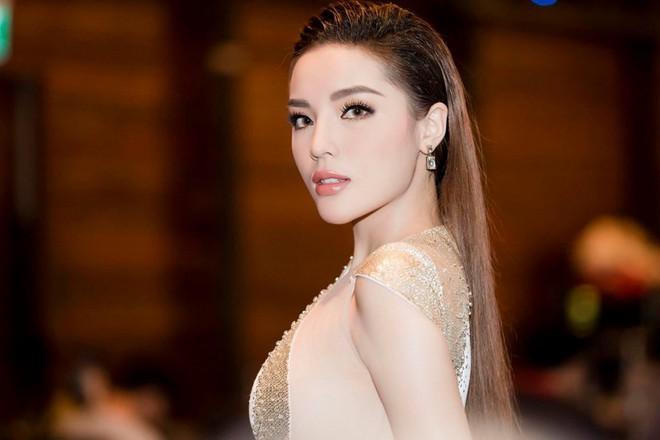 Đại học Ngoại thương, ngôi trường 4 lần đăng quang Hoa hậu Việt Nam có gì thú vị ngoài trai xinh gái đẹp? - ảnh 3