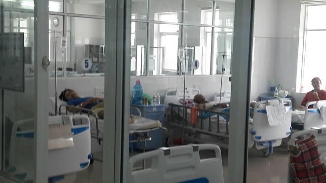 Vụ vợ và con gái tử vong, chồng nguy kịch nghi do ngộ độc khi đi du lịch: Đà Nẵng hỗ trợ toàn bộ kinh phí điều trị cho các nạn nhân - ảnh 1