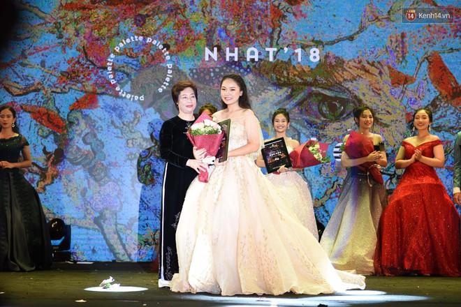 NHAT 2018: Nữ sinh chuyên Toán vừa xinh vừa giỏi trở thành Đại sứ mới của trường Ams - ảnh 2