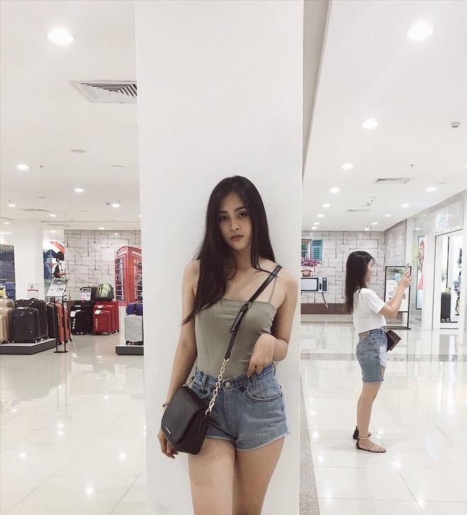 Vẻ đẹp đời thường vừa lai Tây, vừa gợi cảm hút hồn của Tân Hoa hậu Việt Nam 2018 Trần Tiểu Vy - ảnh 9