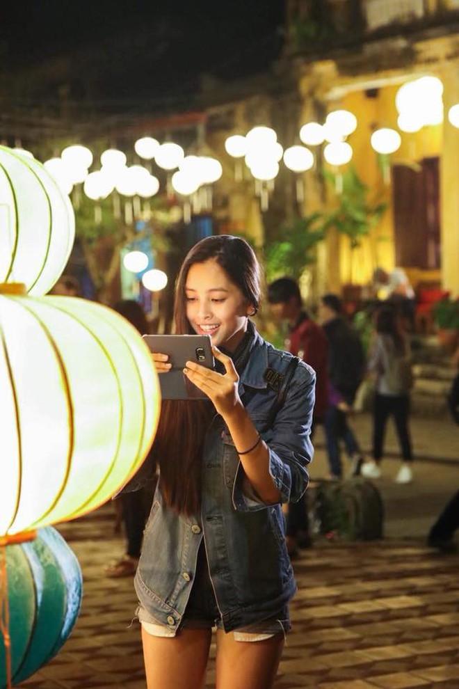Vẻ đẹp đời thường vừa lai Tây, vừa gợi cảm hút hồn của Tân Hoa hậu Việt Nam 2018 Trần Tiểu Vy - ảnh 10