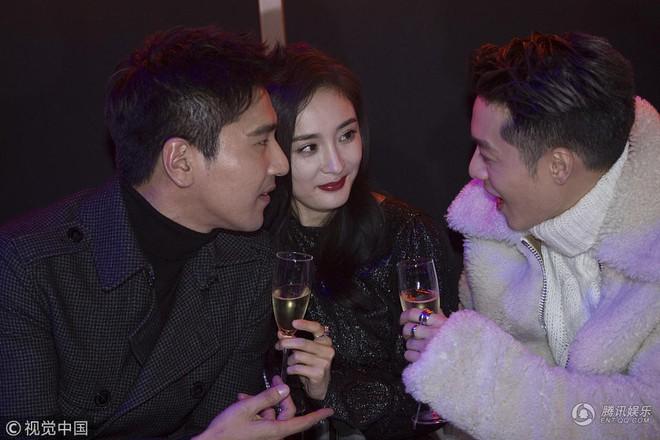 Vì đã ly hôn Lưu Khải Uy, Dương Mịch mới thả thính đồng nghiệp nam vô tư đến nhường này? - ảnh 11