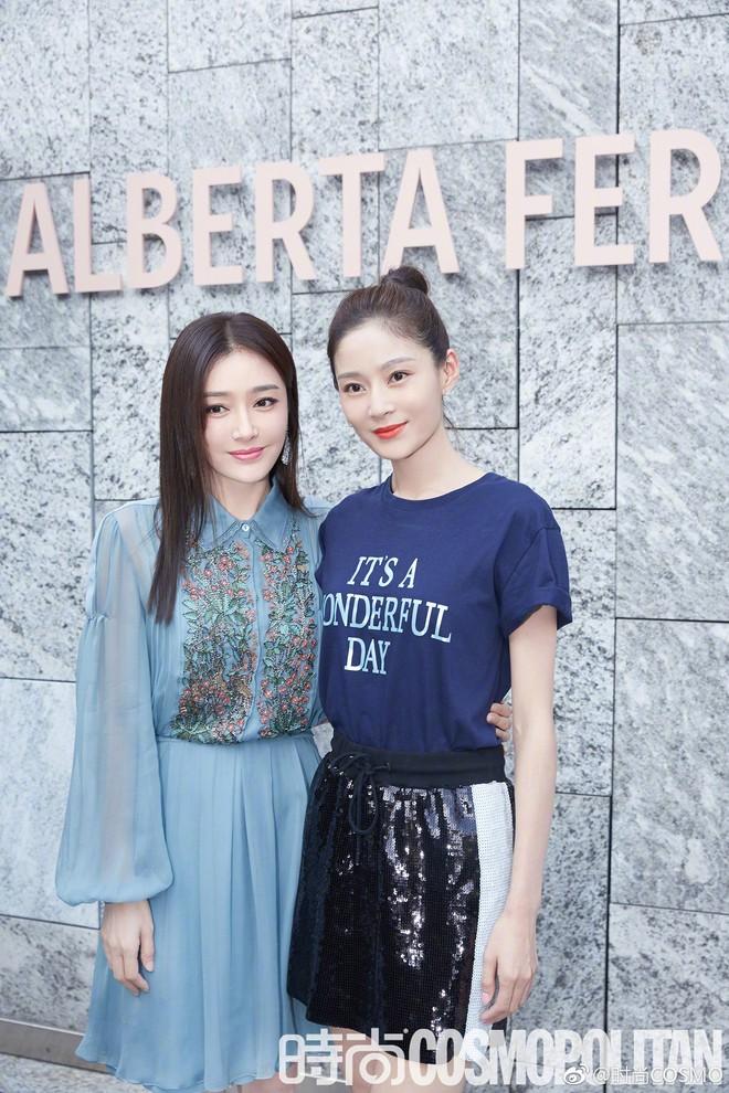 """Tần Lam và Vương Viện Khả bất ngờ tái ngộ tại Milan Fashion Week: """"Phú Sát Hoàng hậu"""" đẹp xuất sắc, lấn át cả """"Thuần Phi"""" - ảnh 8"""