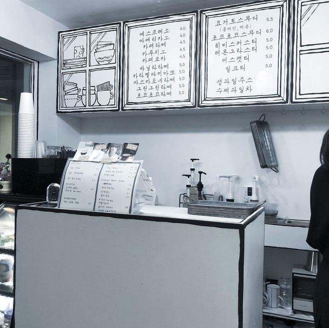 Quán cà phê mang phong cách truyện tranh siêu ảo đang hot tại Hàn Quốc - Ảnh 3.