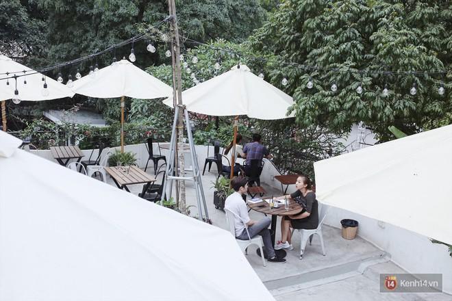 Hà Nội: 3 quán cà phê xanh mướt, mát rượi cực hợp để đi vào những ngày đầu thu - Ảnh 18.
