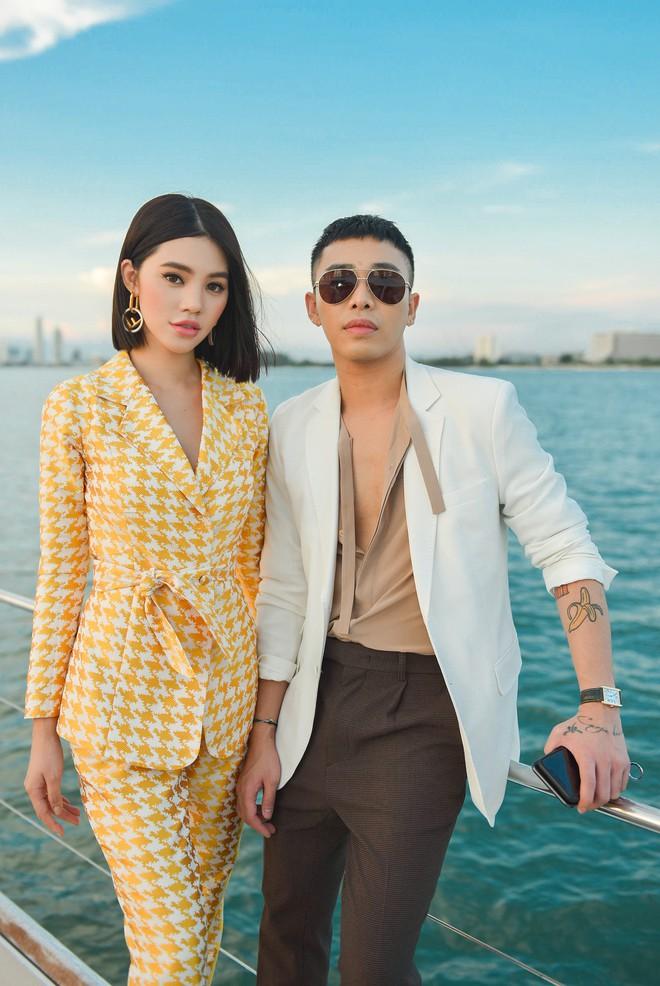 Trở về từ London, Jolie Nguyễn khoe tóc ngắn, diện đồ cá tính nổi bật trên du thuyền hạng sang ở Thái - ảnh 12