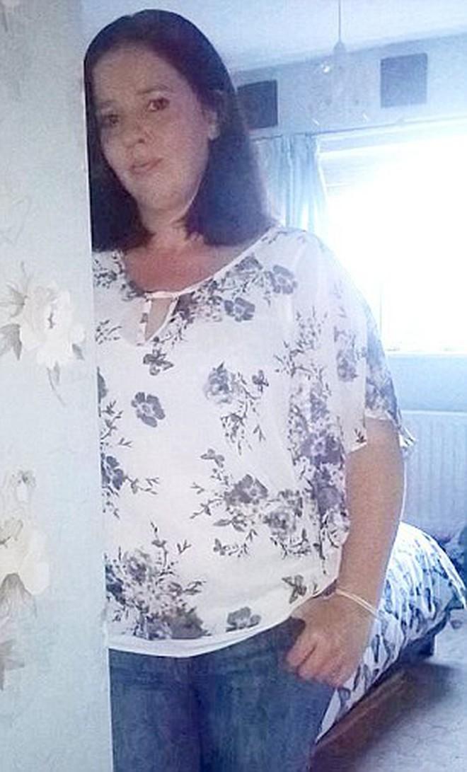 Người phụ nữ 43 tuổi phát hiện ra mình mắc bệnh ung thư vú sau khi giảm 15kg trong 5 tuần - ảnh 2