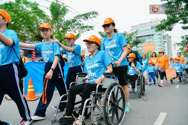 Đường đua 5km và câu chuyện vượt lên chính mình của những người khuyết tật ở Sài Gòn - ảnh 4