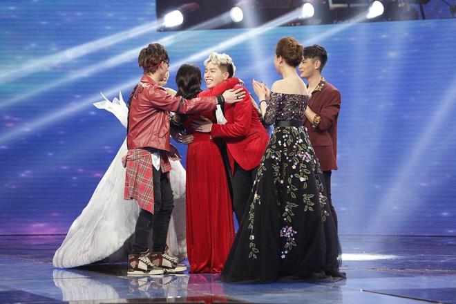 Erik - Đức Phúc - Giang Hồng Ngọc - Hòa Minzy nắm tay nhau vào Chung kết Cặp đôi hoàn hảo - Ảnh 5.